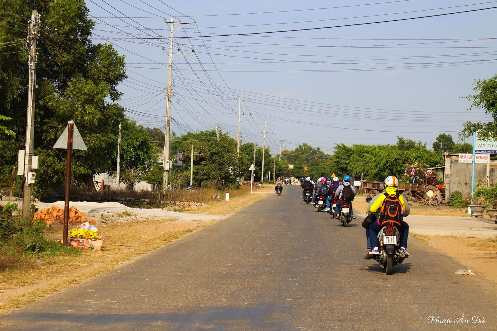 Review chuyến phượt Phan Thiết - Phan Rang - Đà Lạt xuất phát từ Sài Gòn: Phần 1 Con đường đầy nắng