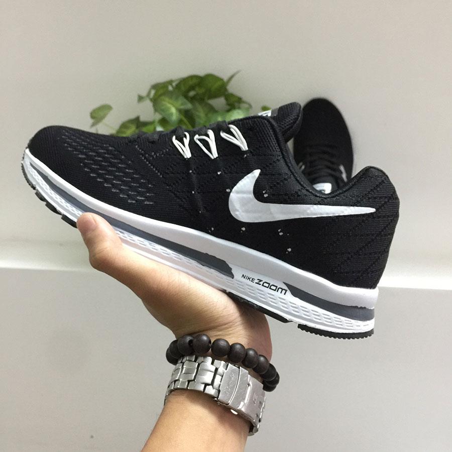 Giày thể thao Nike G18