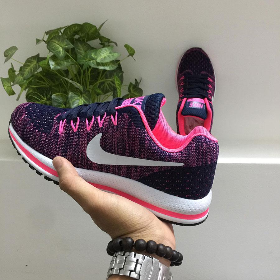 Giày thể thao Nike G19