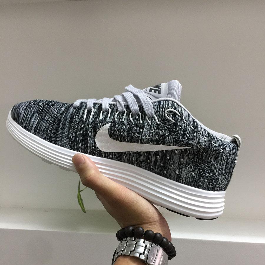 Giày thể thao Nike G21