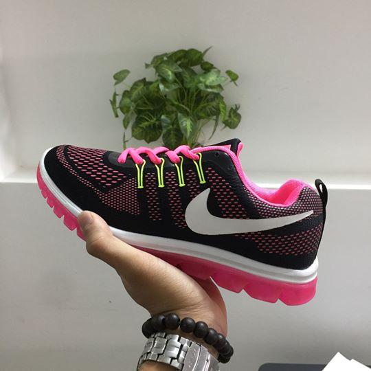 Giày thể thao Nike G23