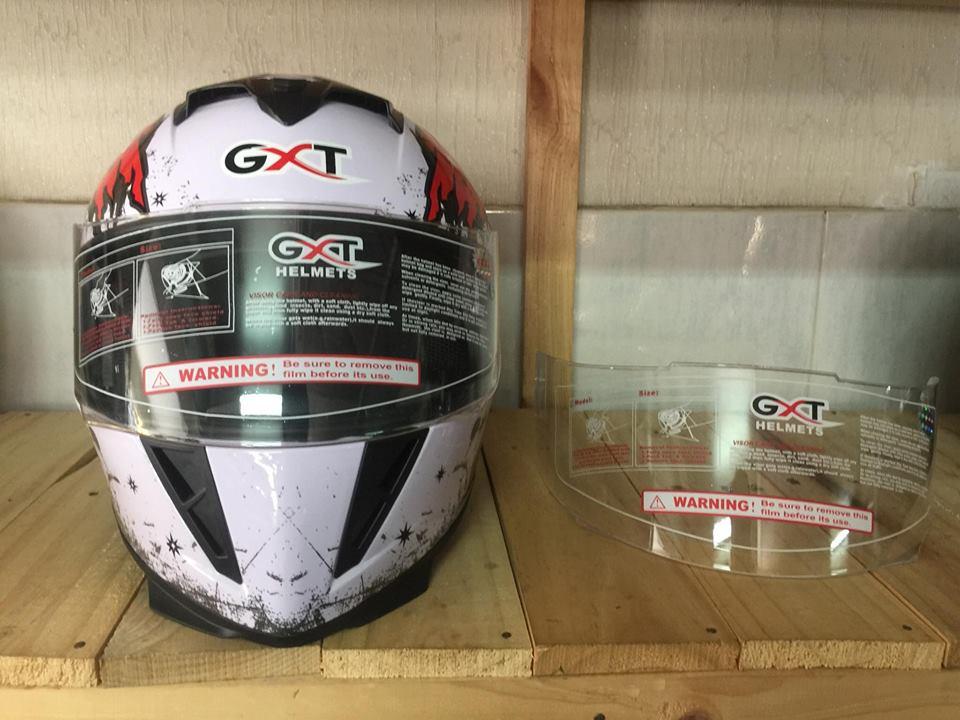 Kính mũ bảo hiểm fullface GXT 358 trong