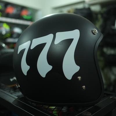 Mũ bảo hiểm 3/4 777