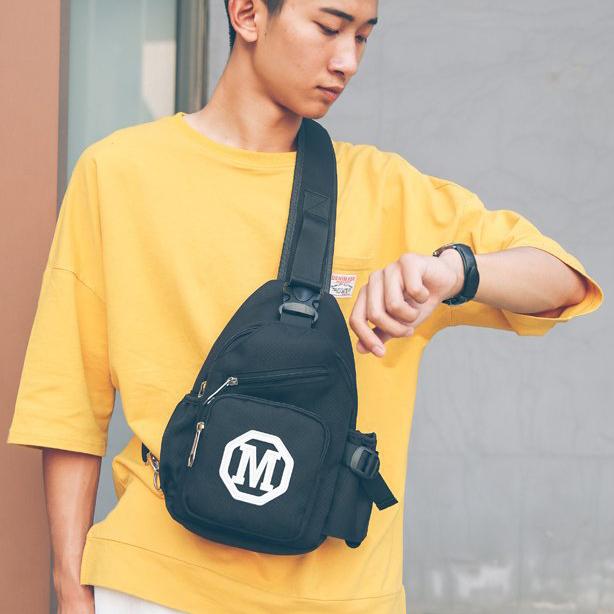 Túi đeo chéo thời trang nam nữ có ngăn chai nước TC25 màu đen