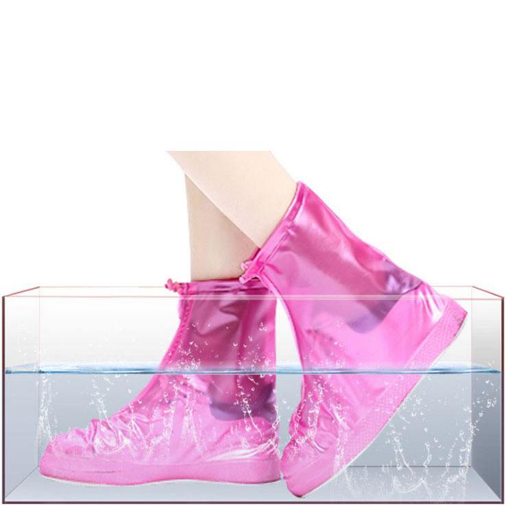Bọc giày đi mưa cổ lửng màu hồng